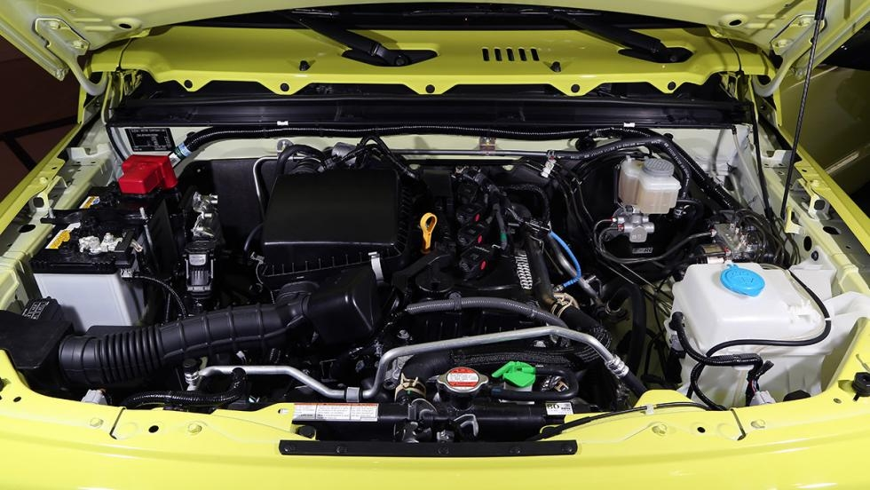 Suzuki Jimny 2019 Engine Bay