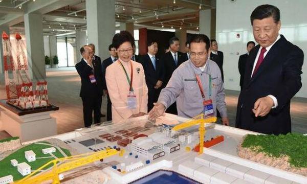 Xi Jinping opens Hong Kong-Macau-Zhuhai Bridge