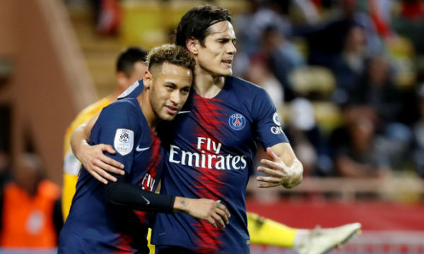 Neymar is happy for Edinson Cavani