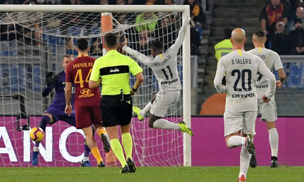 Francesco Totti condemns 'shameful' VAR decision