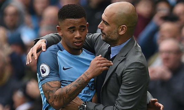 Pep Guardiola asks Gabriel Jesus