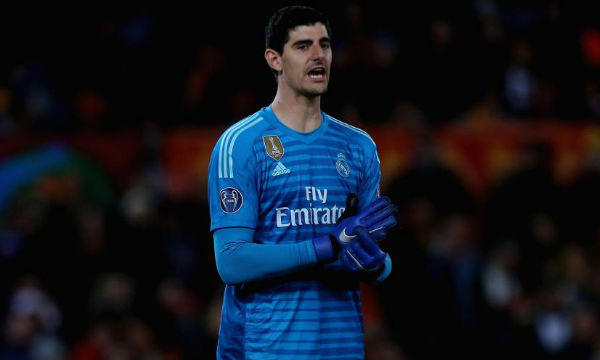 Thibaut Courtois thinks Diego Simeone criticizes Real Madrid to boost his own popularity
