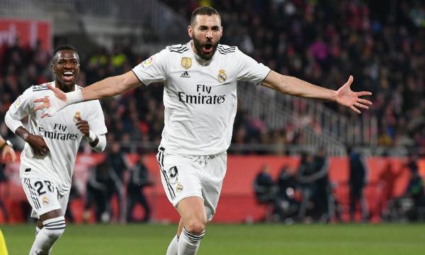 Real Madrid manager Santiago Solari praised Karim Benzema
