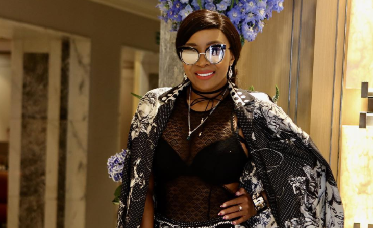 Uyanda Mbuli 10 SA CELEBRITIES WHO HAVE HAD PLASTIC SURGERY