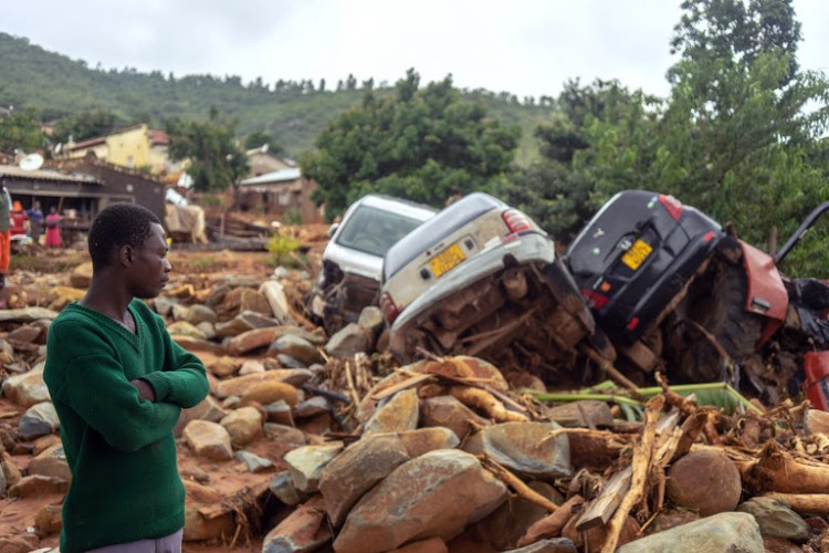 Mozambicans scramble to save themselves after cyclone Idai